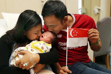 Two baby boys born at 00:00:00 on National Day