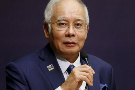 Najib doles out housing aid ahead of impending polls