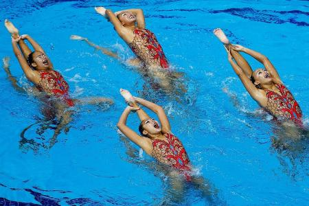 Synchro swimmers end on winning note