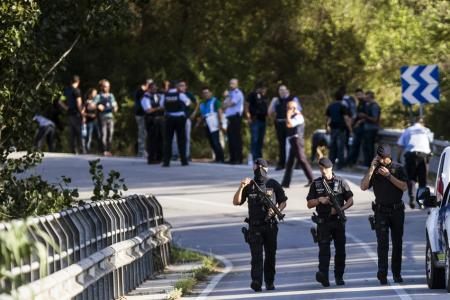 Spanish police shoot dead Barcelona attack fugitive