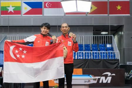 Tey and Chan strike gold in men's snooker doubles