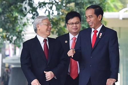 Vietnam calls for South-east Asian unity amid South China Sea tension