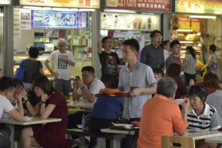 Eating healthier at hawker centres