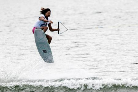 Wakeboarders clinch mixed team silver