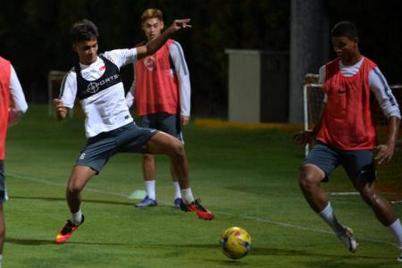 Singapore hold Hong Kong to 1-1 draw