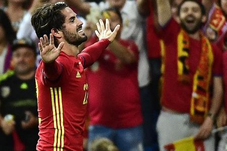 Spain vs Italy World Cup Qualifying UEFA Live Goal Updates (2-0)