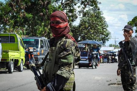 Philippine army teams up with Muslim rebels