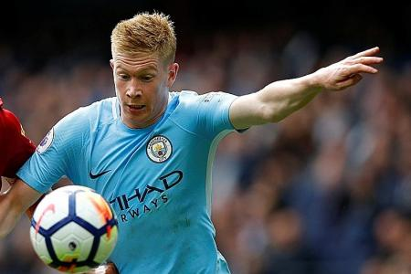 Guardiola hails de Bruyne as the 'complete player'