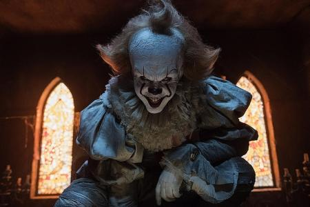 Bill Skarsgard explains how Pennywise's creepy smile in It came to be