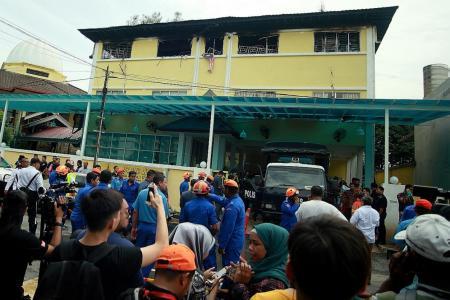 Kuala Lumpur school fire kills at least 25