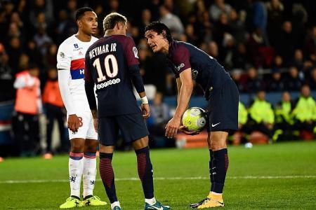 Neymar demands PSG chief sell Cavani