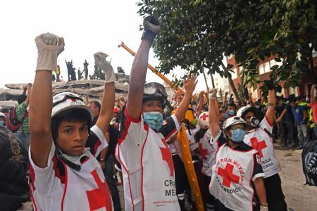 Mexico earthquake rescuers