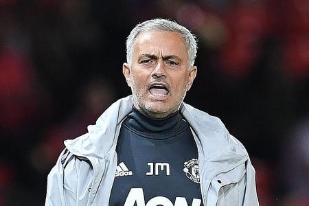 Mourinho shrugs off title talk