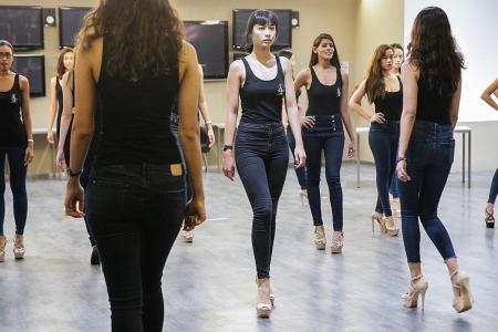 Beauty queens strut their stuff