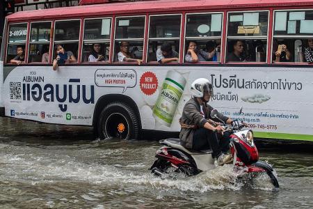 Rumours, old news create flood of panic in Bangkok