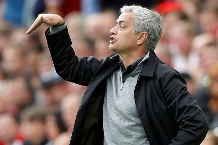 Gary Neville: Mourinho must change or forget about title