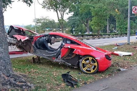 Sports car, cab in Yishun crash