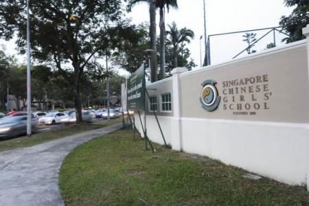 Parents worry over stranger loitering around girls' schools