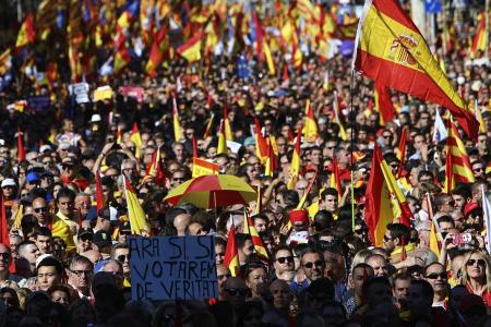 Pro-unity supporters fill Barcelona streets