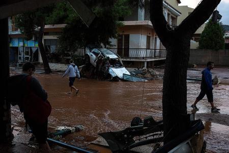 At least 16 die in Greece floods
