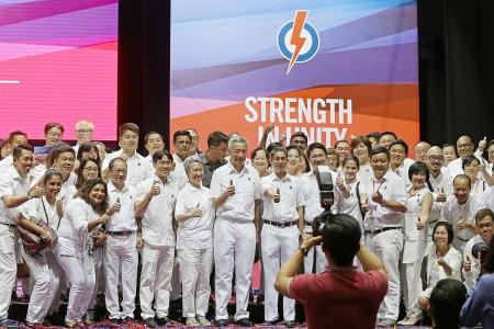 Be friends with other countries, but never fall under their influence: PM Lee