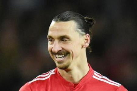 Ibrahimovic: United can win EPL, Champions League