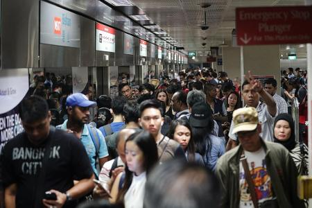Rail operators must inform commuters if delays are over 10 mins