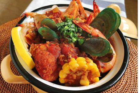 Hed Chef: Hearty seafood stew for a festive dinner party