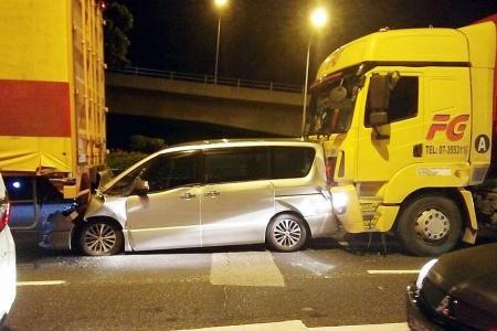 26 hurt after 4-car collision near Woodlands Checkpoint