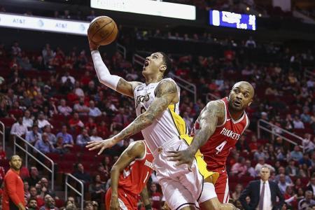 Lakers halt Rockets' 14-game winning run