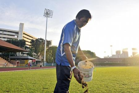 Tributes pour in for Hougang groundsman