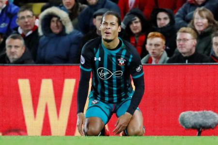 Van Dijk left out of Saints squad for second straight game, fuelling transfer talk