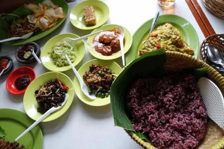 Makansutra: Authentic chow in Bandung