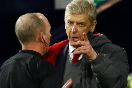 Wenger marks record with familiar complaint
