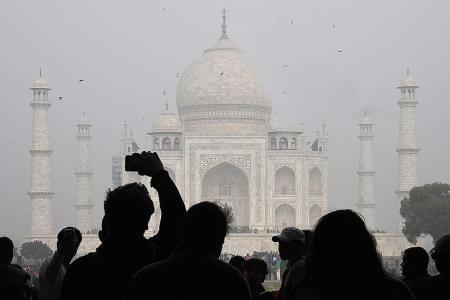 India limits number of Indian visitors to save Taj Mahal
