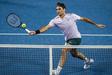 Federer leads Switzerland into Hopman Cup final