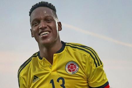 Barca sign Colombia defender Mina