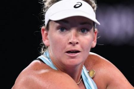 Coco Vandeweghe handed code violation for extended banana break at Australian Open