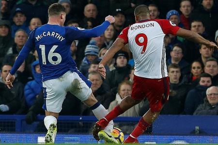 Everton's McCarthy suffers double leg break in West Brom draw