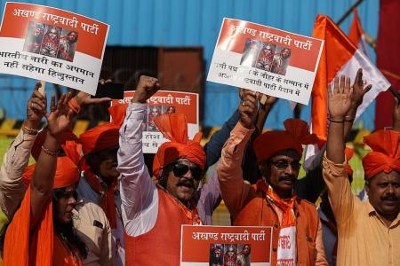Indian states seek last-ditch film ban amid violent protests