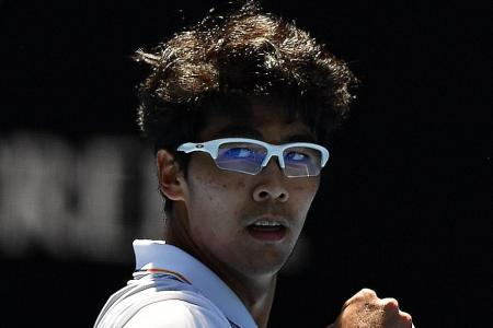 Chung sets up semi-final date with Federer