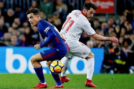 Valverde, Suarez jump to Coutinho's defence