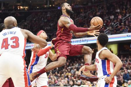Cavaliers come from behind to pip Pistons