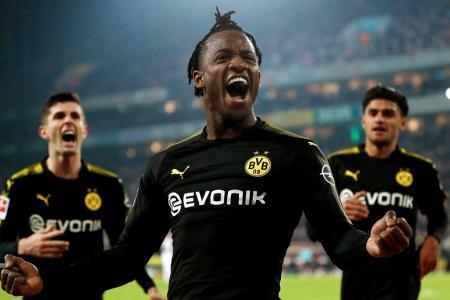 Batshuayi scores double on Dortmund debut
