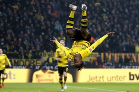 Bundesliga Recap: Dortmund upends Hamburg in Reus return