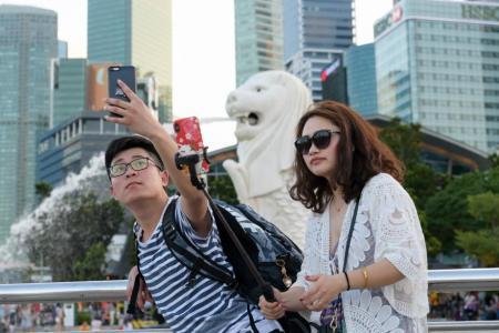 Singapore businesses get ready for slice of Chinese tourist pie