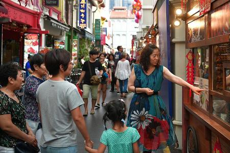 Chinese tourists are No.1 in Singapore