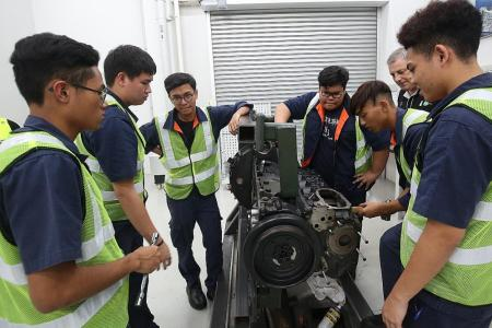 Tower Transit attracts ITE students to the automotive industry