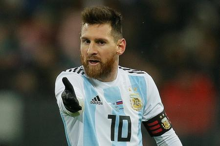 Argentina want Messi to play less for Barcelona