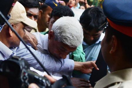 Billionaire jeweller denies involvement in huge Indian bank fraud